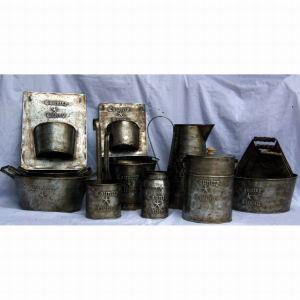 Mini Antique Tin Metal Round Bucket W/Wooden Handle Bucket Pot pictures & photos