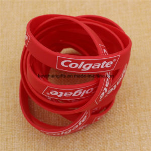 Custom Cheap Rubber Printed/Embossed/Debossed/Luminous Silicone Bracelet Wristband with Logo pictures & photos
