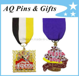 Factory Price Metal Lapel Pin Badge with Ribbon Pin (badge-038) pictures & photos