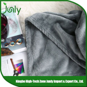 Practical Lightweight Warm Microfiber Blanket Outlet Winter Blankets pictures & photos