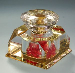 20ml Gold Painting Crystal Room Perfume Bottle (JD-QSP-323) pictures & photos