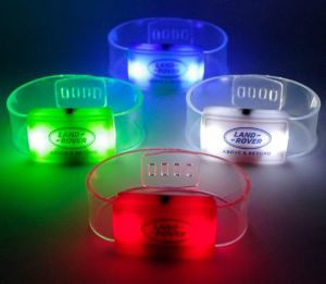 Light up Silicone Wrist Bands Imprint with Logo pictures & photos
