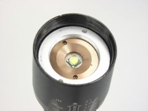 1, 200 Lumens Xm- L2 LED Zoom Flashlight pictures & photos