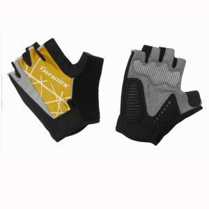 Half Finger Mitt Fitness Training Bike Cycling Sports Glove pictures & photos