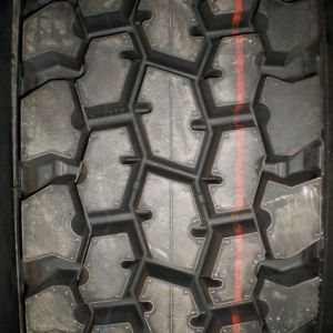 24.5 Truck Tires pictures & photos