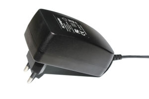 5V 2A AC Adapter 10W Power Adapter for Cell Phone pictures & photos