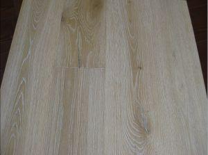 Oak Engineered Wood Flooring / Wooden Parquet pictures & photos