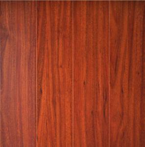 Laminate Flooring Wood Laminate Flooring pictures & photos
