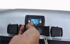 Built-in Handle Suitcase Luggage Scale (GL-LS03) pictures & photos