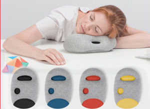 2016 Novelty Body Rest Traveling Nap Ostrich Pillow pictures & photos