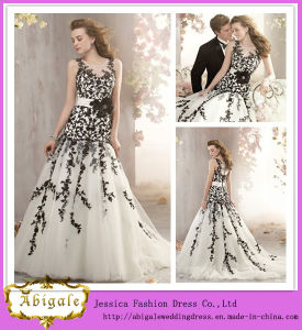 Hot Sale Floor Length A-Line Scoop Neck Organza White Black Lace Wedding Dress with Sash (WD02)