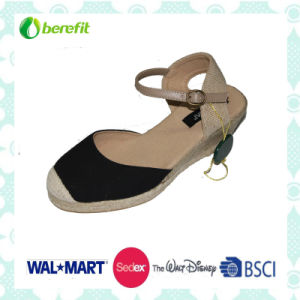 PU Upper and Ramie Decoration, Women′s Sandals pictures & photos