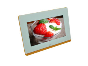7 Inch Factory Price Digital Photo Frame Support Photo, Music and Movie pictures & photos