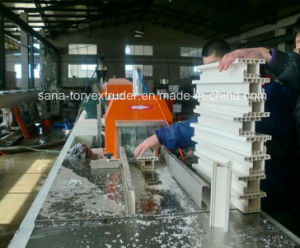 High Quality WPC PVC Profile Extrusion Machinery pictures & photos