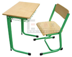High Quality Wooden Single Desk & Chair pictures & photos