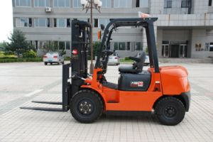 Famous 3ton Hydraulic Diesel Forklift Cpcd30CB pictures & photos
