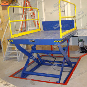 1ton Capacity Warehouse Platform Lift pictures & photos