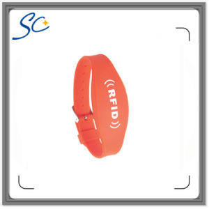 Bulk Cheap RFID Silicone Wristbands pictures & photos