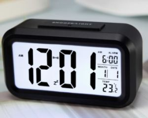 Wholesale Cheap Digitial Alarm Clock with Large LCD Screen pictures & photos