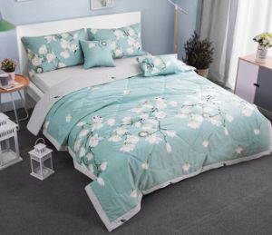 Lightweight Comforter Bedding Reversible Cotton Quilt Bed Linen pictures & photos