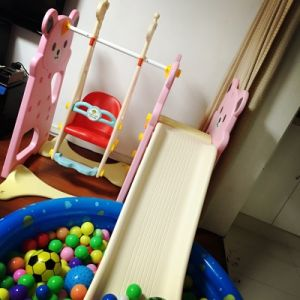 2017 Bear Style Indoor Plastic Slide and Swing for Princess (HBS17012B) pictures & photos