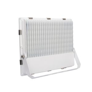 Best Selling 135W LED Flood Light PF>0.95 with White Housing (Tempered Glass) Outdoor Lamp pictures & photos