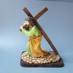 Jesus Carrying The Crucifix Statue Christ Figure Catholic Religious Decor pictures & photos
