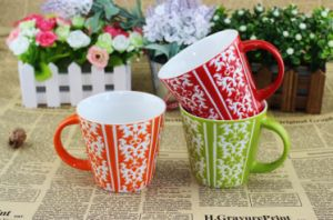Wholesale Ceramic Classic Coated Glazed Red Mug pictures & photos