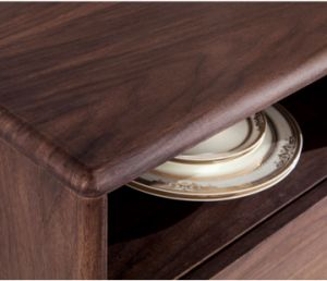 MDF with Walnut Wood Veneer Dining Cabinet&Sideboard (SC001) pictures & photos