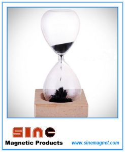 Creative Magnetic Hourglass Sand Hourglass Clock/Magnetic Gift pictures & photos