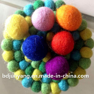 Good Quality Wool Felt Ball Coaster pictures & photos