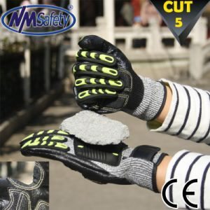 Nmsafety Cut and Impact Resistant Hand Work Protection Glove pictures & photos