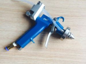 New Type Two Heads Double Nozzle Spray Gun pictures & photos