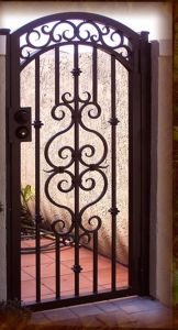 Security Driveway Gates Double Swing Wrought Iron Gate pictures & photos