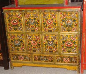 Chinese Antique Furniture Painted Cabinet pictures & photos