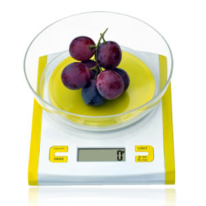 Electronic Kitchen Scale with LCD (HK113A) pictures & photos