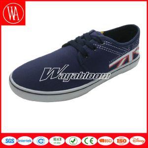 Lace-up Plain Canvas Shoes Men Casual Shoes pictures & photos