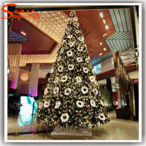 2014 Hot Selling 5ft Height Aritificial Green Christmas Tree pictures & photos