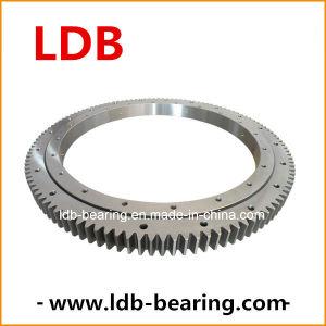 Excavator Slewing Bearing Swing Ring for Komatsu PC320 pictures & photos