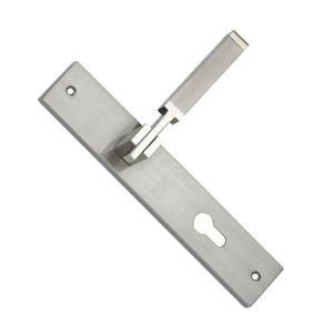 Zinc Alloy Door Lock Handle on Plate (103.01104) pictures & photos