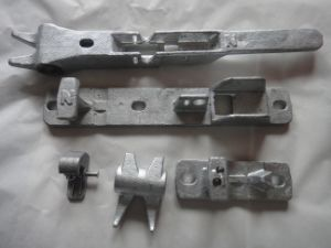 Investment Casting Bracket for Truck Door pictures & photos