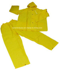2PCS PVC Rainsuit with Elasticity Trousers R9018 pictures & photos