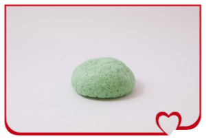 Green Tea Natueal Konjac Sponge Face Cleaning Sponge pictures & photos