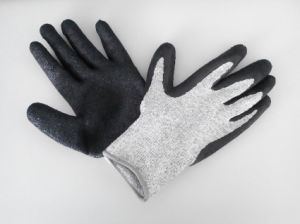 Hppe Latex Coated Crinkle Cut-Resistance Safety Work Glove (H1101) pictures & photos