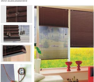 2.5cm Double Pleated Blind for Window (HB-05D) pictures & photos