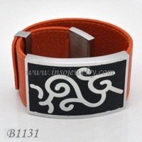 Stainless Steel Jewelry-Fashion Leather Bangle (B1131)