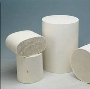 Cordierite Honeycomb Ceramic Substrate for Car Exhaust System pictures & photos