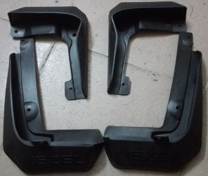 Rubber Car Mud Flaps Accessory Parts Replacement for Honda Vezel with Logo Print pictures & photos