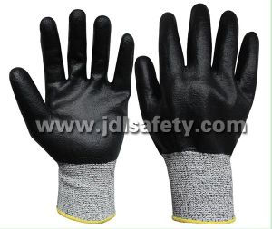 Cut Resistant Work Glove with Nitrile Fully Coating (ND8035) pictures & photos