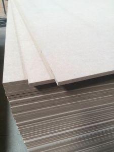 Medium Density Fiberboard (MDF) /Raw MDF pictures & photos